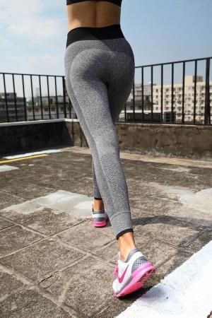 Леггинсы спорт серые матовые анатомические